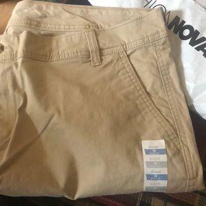 Khaki pants skinny